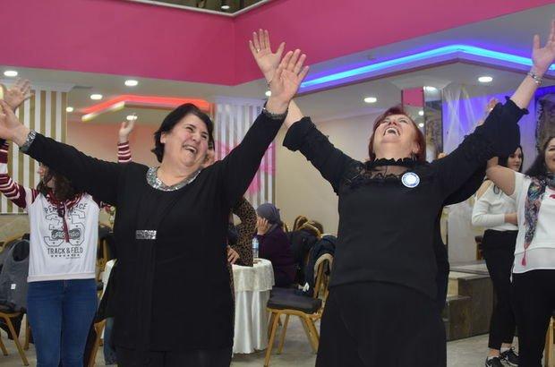 Edirne'de kadınlarla kahkaha matinesi!