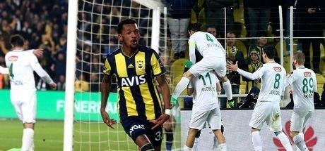 Kadıköy'de olay maç! 2 gol, 1 iptal 1 kırmızı VAR!