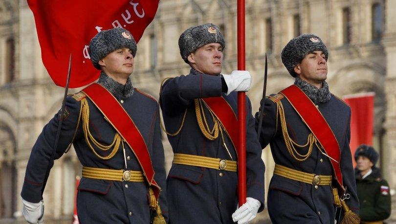 Rus askerlerinin internet paylaşımları yasaklandı!