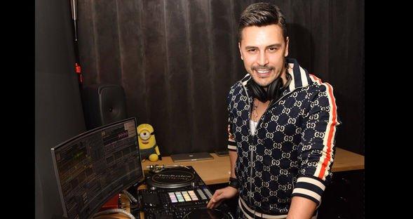 Öztürk'ün DJ'lik hobisi...