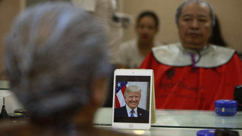 Trump ile Kim'e benzemek bedava!