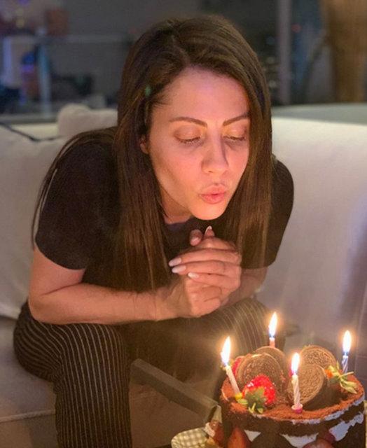 Derya Uluğ yeni yaşını kutladı - Magazin haberleri