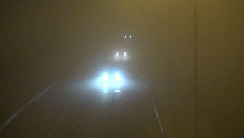 Silivri'de yoğun sis... Göz gözü görmüyor