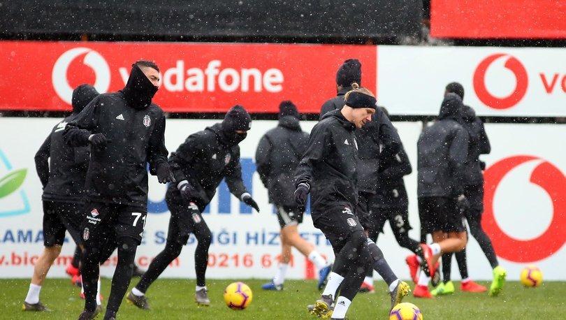 Beşiktaş'ta Fenerbahçe derbisi hazırlıklarını sürdürdü