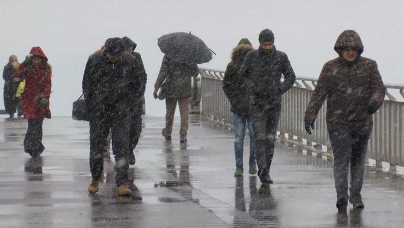 DONDURUCU SOĞUK! Son Dakika: İstanbul'da kar yağışı başladı