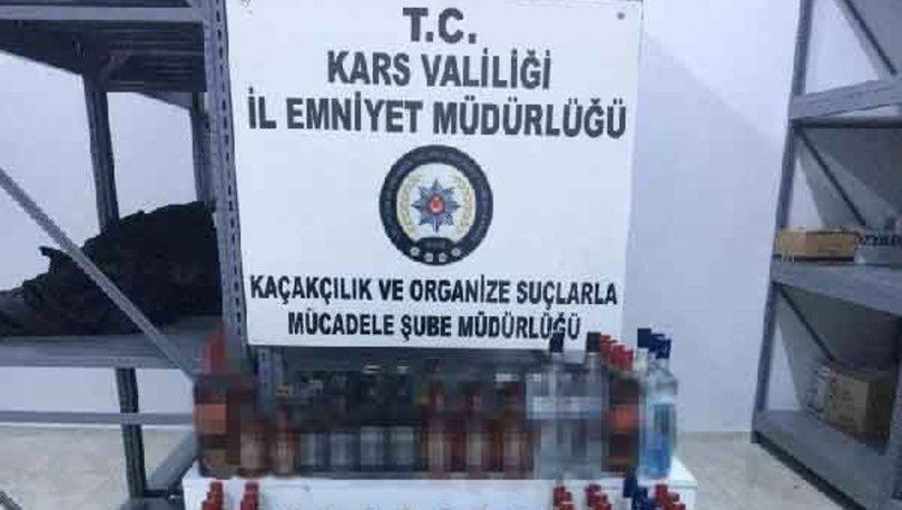 Kars'ta otobüste kaçak içki ele geçirildi; 2 gözaltı