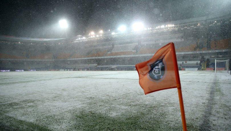 Başakşehir Bursaspor maçı ERTELENDİ! Başakşehir Bursaspor maçı ne zaman oynanacak?