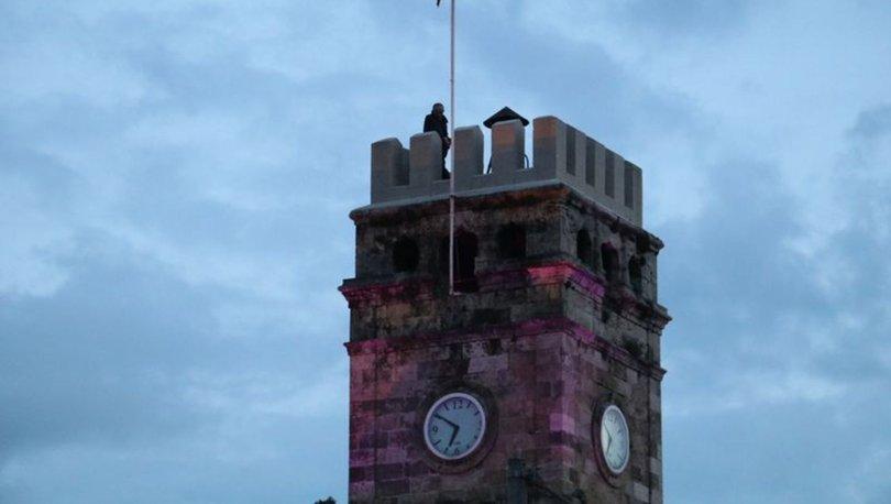 Antalya'da tarihi Kaleiçi'ndeki saat kulesinde intihar girişimi