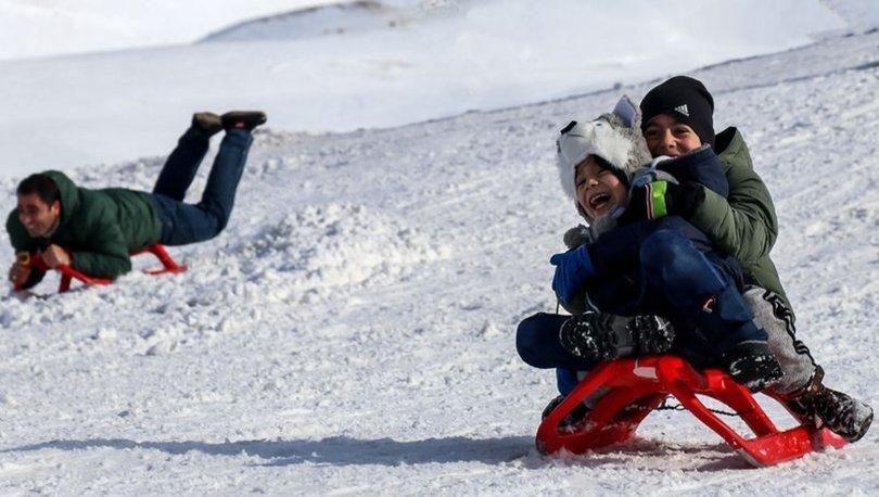 SON DAKİKA kar tatili! 25 Şubat bugün okullar tatil mi? Pazartesi il il tatil haberleri