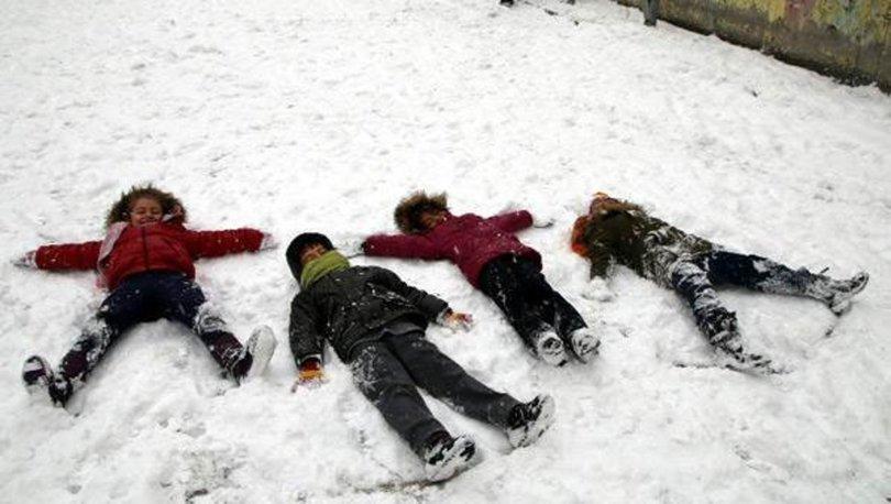 İstanbul'da yarın okullar tatil mi? 26 Şubat İstanbul kar tatili haberi Valilik'ten açıklama geldi m