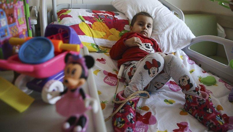 Lösemi hastası Aysima'nın babasının arkadaşlarından kök hücre bağışı