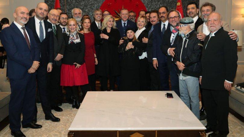 Erdoğan'a sanatçılardan doğum günü sürprizi
