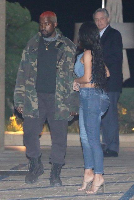 Kim Kardashian gece gezmesinde - Magazin haberleri