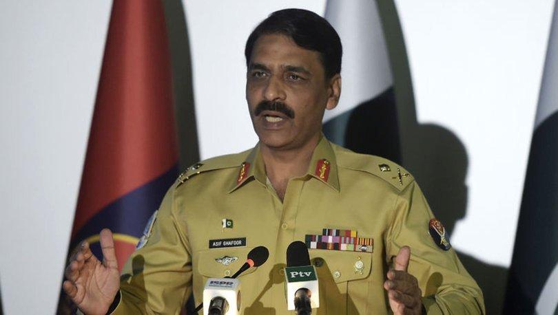 Pakistan ordu sözcüsü General Asıf Gafur ile ilgili görsel sonucu