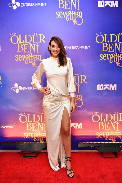 Murat Boz ve Seda Bakan'ın rol aldığı 'Öldür Beni Sevgilim'in galası gerçekleşti - Magazin haberleri