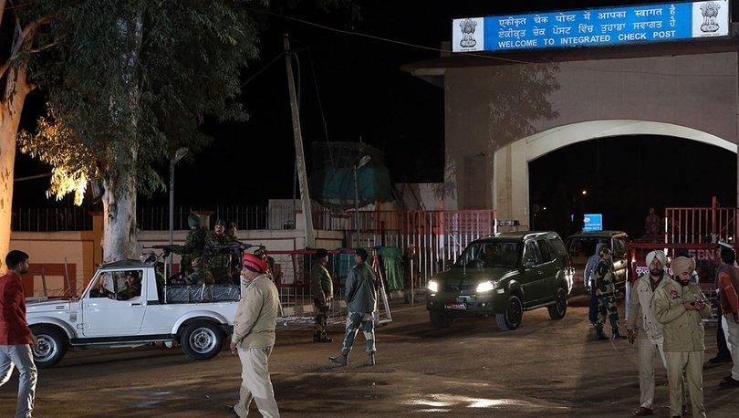 Son Dakika Pakistan Hindistan Sınırında Karşılıklı Ateş Açıldı