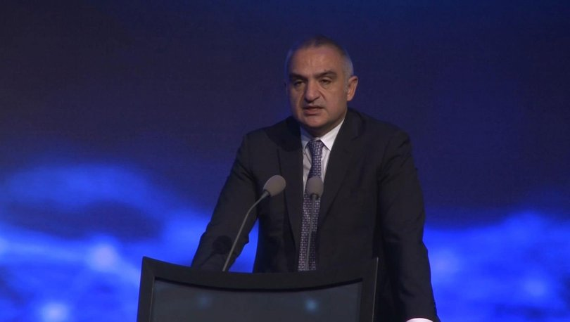 Bakan Ersoy: Turist sayısı hedefimizi 70 milyona revize ettik