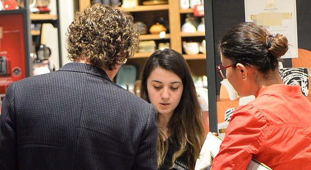 Nurgül Yeşilçay ile Necati Kocabay'ın erken düğün alışverişi - Magazin haberleri