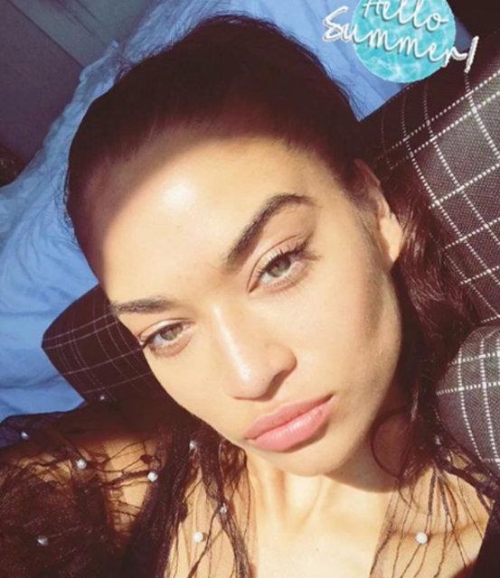 Shanina Shaik'in Kadınlar Günü paylaşımı olay oldu - Magazin haberleri