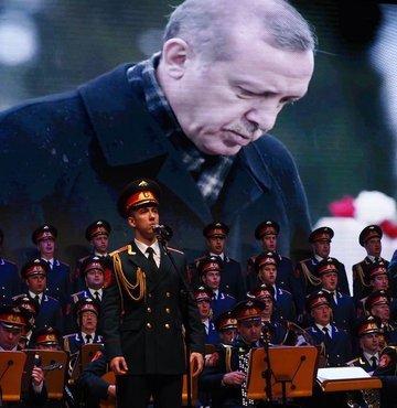 İstanbul'dan Kızılordu Korosu geçti