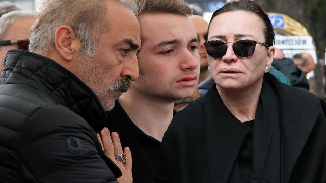 Demet Akbağ'ın eşi Zafer Çika'ya veda - magazin haberleri