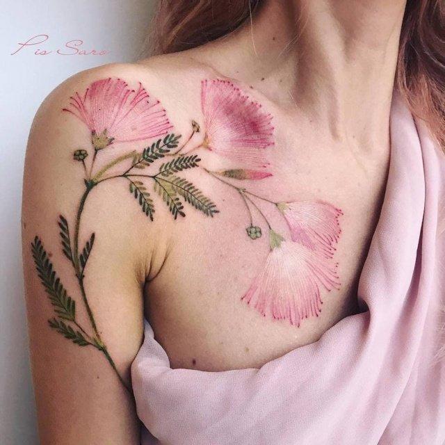 Çiçek severlere özel en güzel çiçek desenli dövme modelleri
