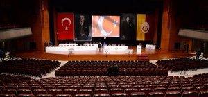 Galatasaray'da genel kurul toplantısı yapılıyor