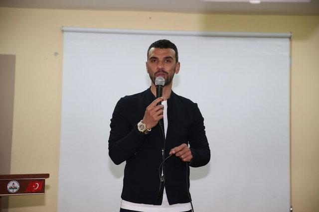 Kenan Sofuoğlu'na büyük şok! - Magazin haberleri