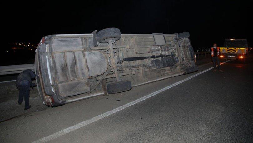Ankara'da yolcu minibüsü devrildi! 4 kişi yaralandı