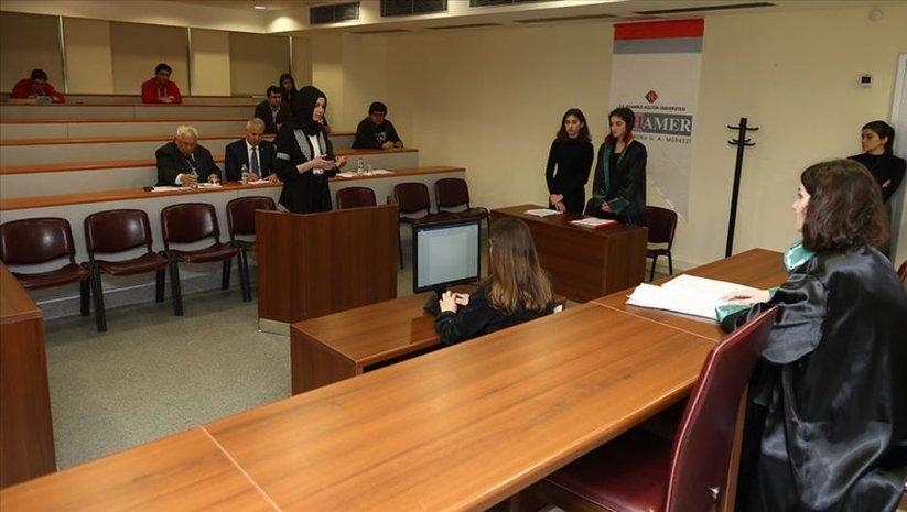 Lise öğrencileri 'sanal mahkemede' yarıştı