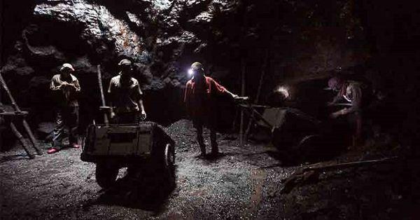 Yer altı maden işçileri nasıl emekli olur?