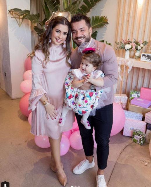 Buse Terim Bahçekapılı eşi Volkan Bahçekapılı'nın yeni yaşını kutladı - Magazin haberleri