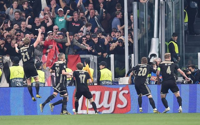 Ajax'ın büyük başarısı