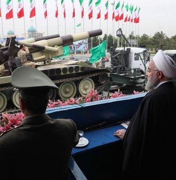 İran ordusundan gövde gösterisi