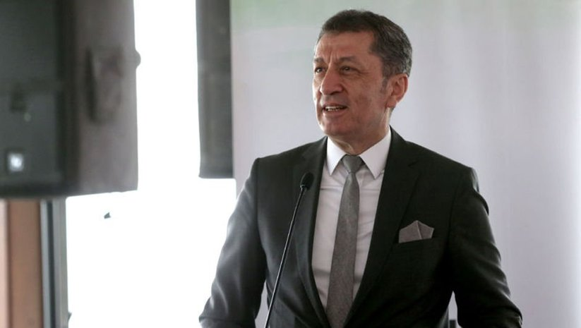 """Bakan Selçuk'tan """"tatil"""" açıklaması"""