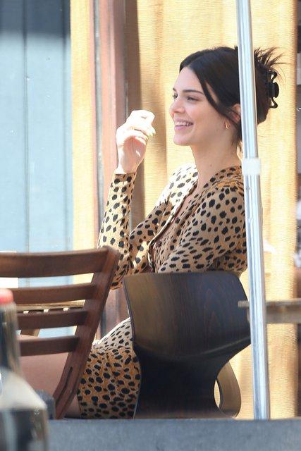 Kendall Jenner'ın leopar tercihi - Magazin haberleri