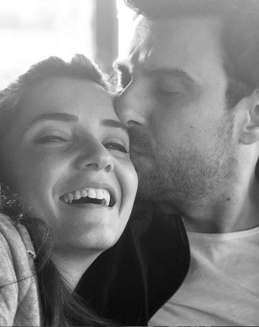 Gökhan Tepe eşi Aylin Tepe'nin yeni yaşını kutladı - Magazin haberleri