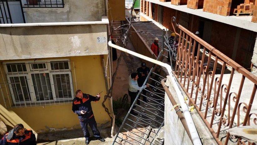 Ümraniye'de merdiven çöktü