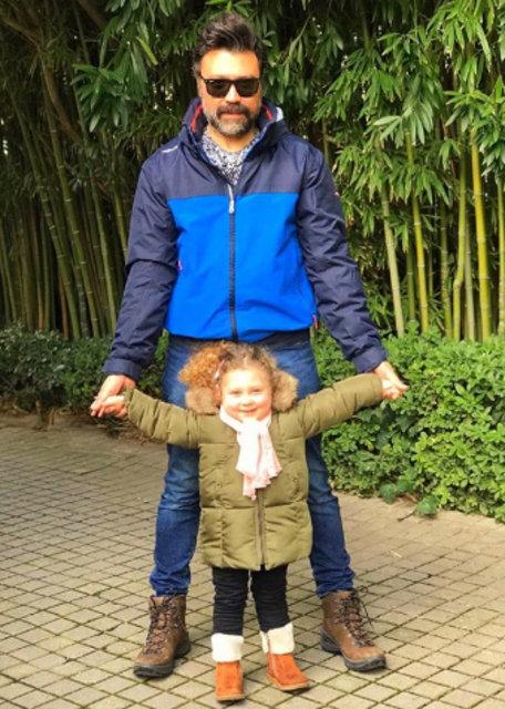 Bülent Emrah Parlak'la kızının çay keyfi - Magazin haberleri