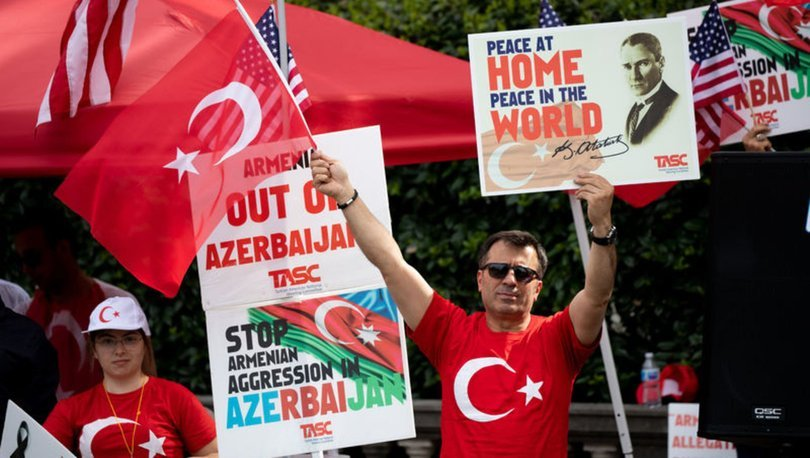Ermeni eylemcilere karşı protesto