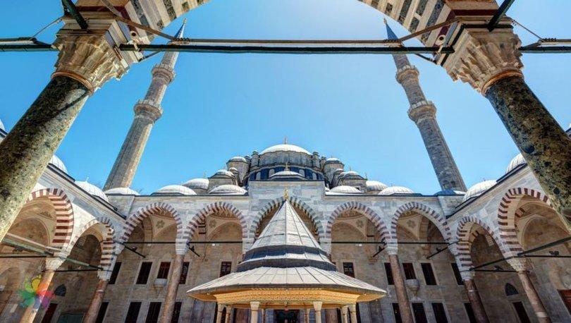 İstanbul, Ankara ve İzmir'de Cuma Namazı saat kaçta?