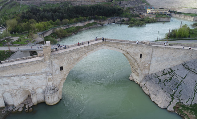 Diyarbakır köprüleriyle de turizmde gözde