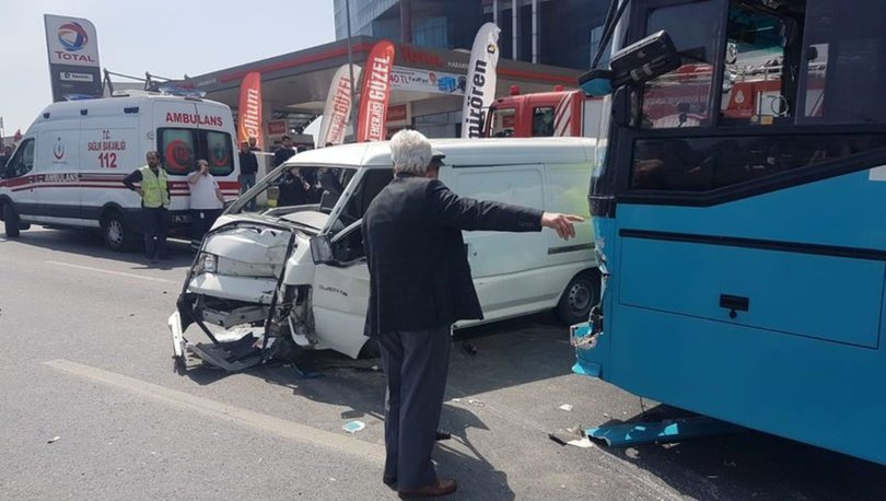 Feci kaza! Otobüsle minibüs çarpıştı