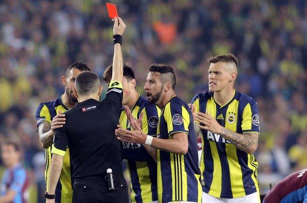 Fenerbahçe'de stoper krizi! 3 isim yok