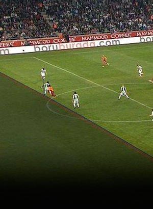 Konyaspor - Galatasaray maçında tartışmalı pozisyonlar!