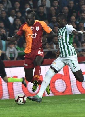 Konyaspor Galatasaray MAÇ SONUCU ve MAÇ ÖZETİ - Galatasaray liderlik fırsatını tepti!