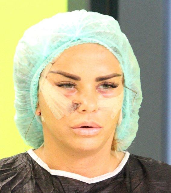 Katie Price, İstanbul'da estetik ameliyat oldu - Magazin haberleri