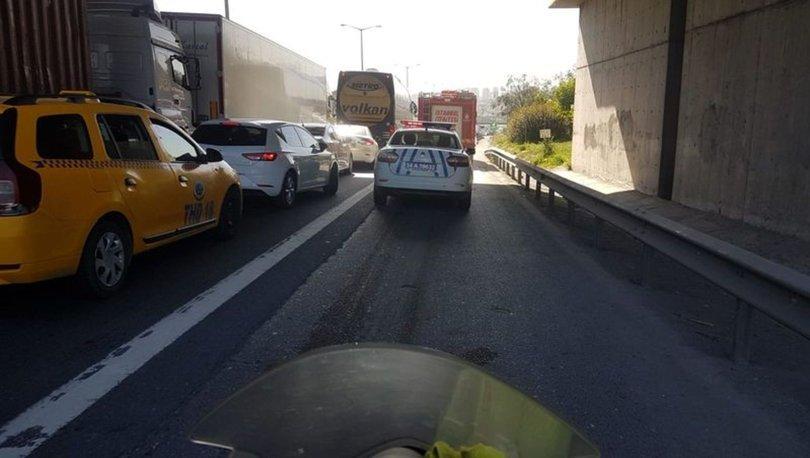 TEM'de son dakika zincirleme kaza: Trafik kilit oldu