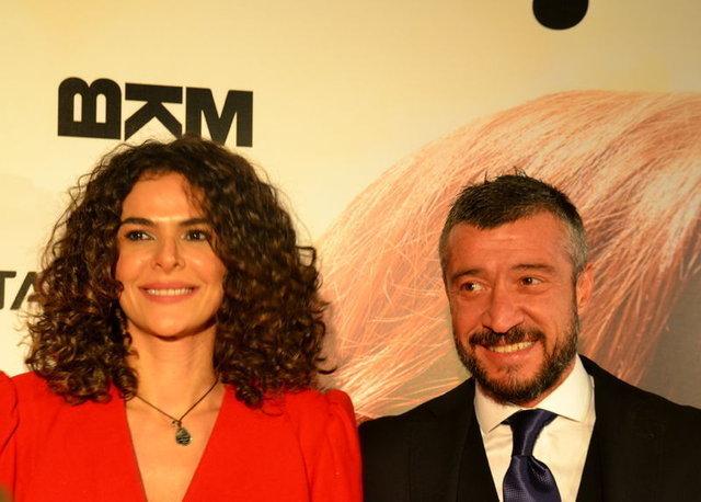 Gamze Topuz'un kızı Elis Naz objektiflere poz verdi - Magazin haberleri