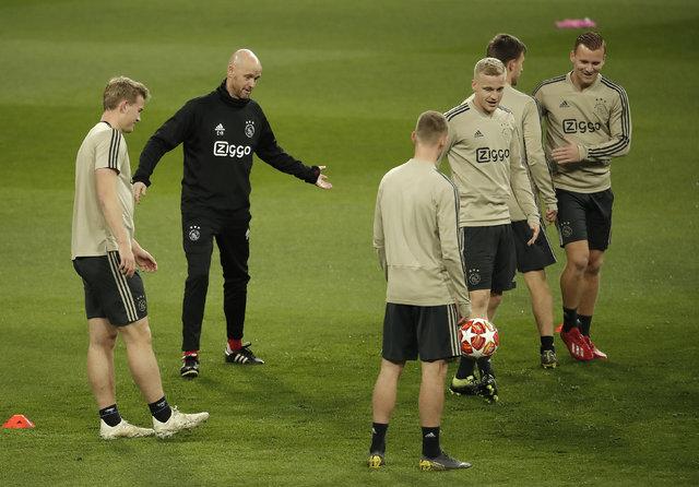 Erik ten Hag, Ajax'la tarih yazmanın eşiğinde!